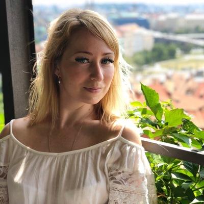 Анюта Комарова