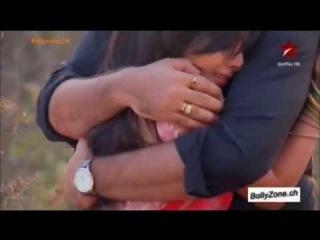 Shlok & Aastha Hug -Suno Na Sangemarmar