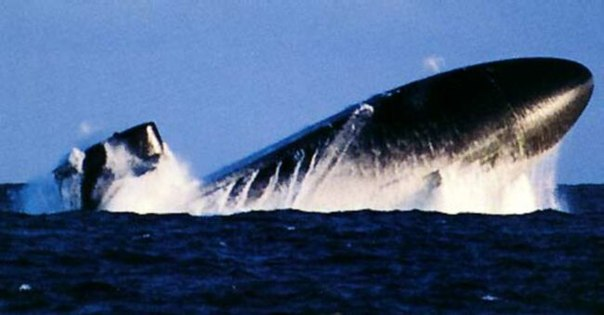 всплытие русской подводной лодки видео