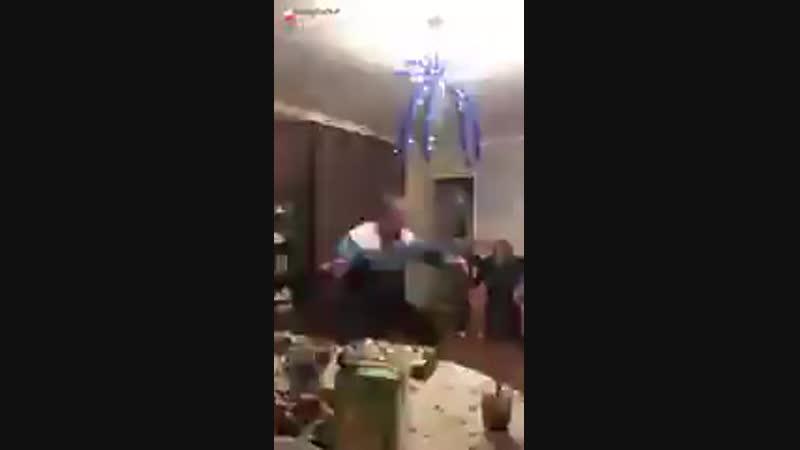 ДЕД ФЛЕКСИТ ПОД ЛИЛ ПАМПА