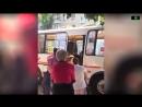 Водитель автобуса 43 го маршрута в Воронеже решил силой высадить пожилого ветерана Пожилой мужчина при этом показывает что у