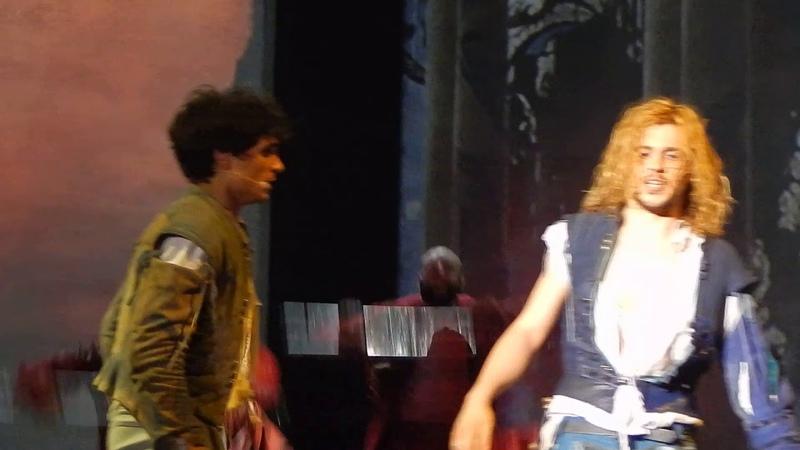 Romeo e Giulietta ama e cambia il mondo - La follia, il Duello