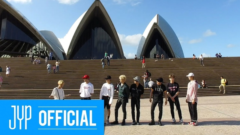 Stray kids broken compass street ver