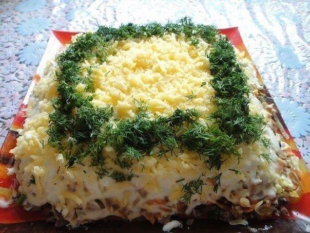 Салат с куриной печенью слоеный рецепт
