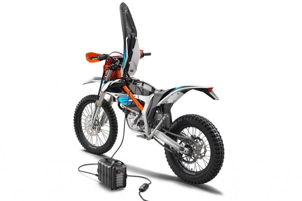 Линейка электроциклов KTM 2021