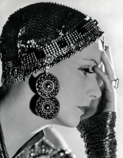 Великолепная Грета Гарбо на фото к фильму «Мата Хари».