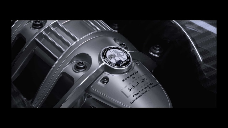 The Pagani Huayra Roadster. A tribute to beauty in every detail.