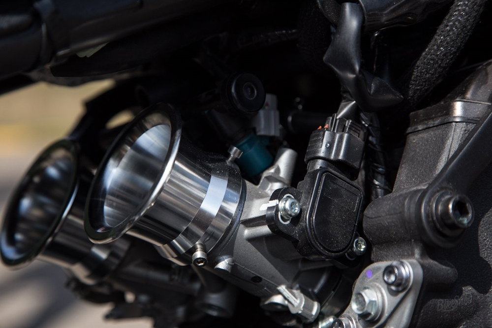Down & Out: кастом Yamaha XSR700