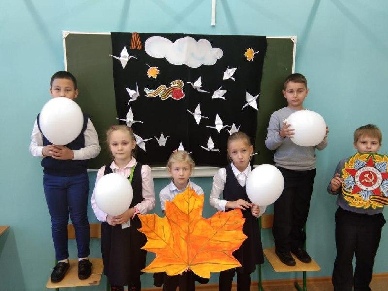 Праздник «Белые журавли» устроили в одной из школ Савеловского