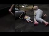 Наркоман с ножом посреди улицы взял в заложники жительницу Ростова-на-Дону