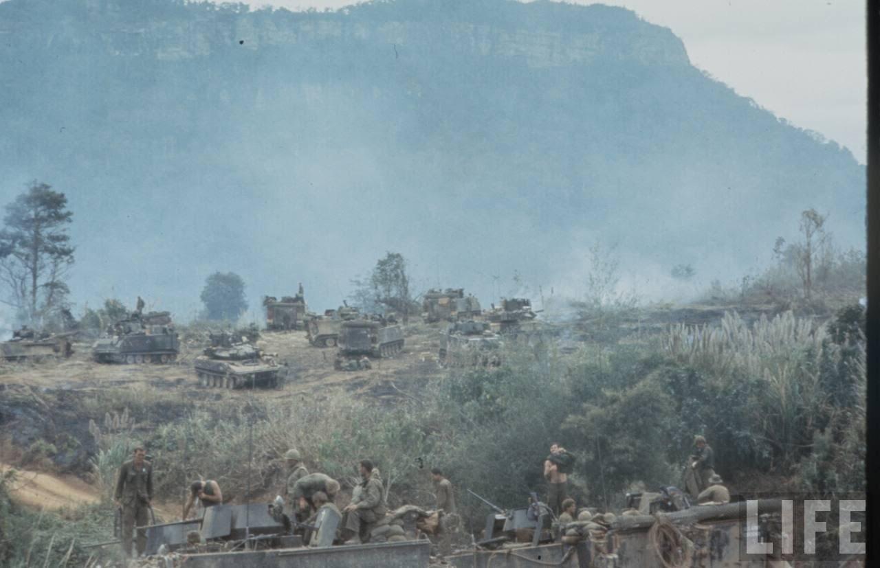 guerre du vietnam - Page 2 Wq6I5l5ZGbU
