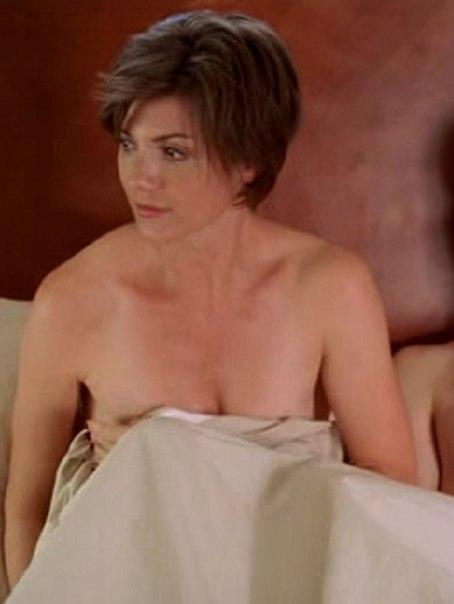 Zoe Mclellan Naked 17