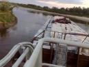 речной толкач c составом выкручивается речных на кривулях