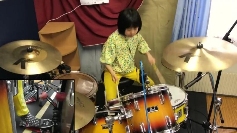 Талантливая 8 летняя барабанщица исполнила Led Zeppelin Good Times And Bad Times