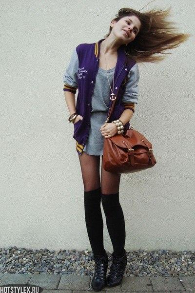 Девушки в модной одежде