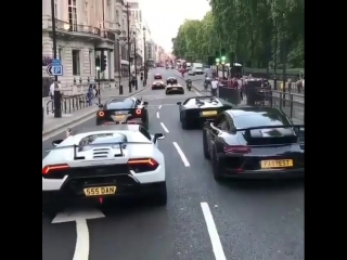 Уличные спорткары
