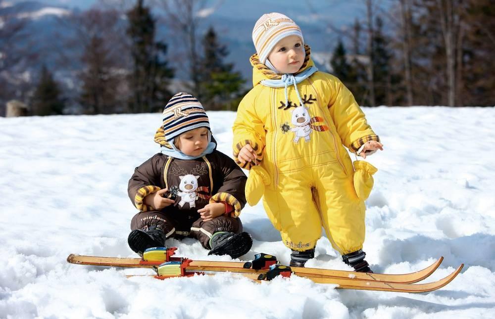 Выбираем комбинезон или куртку для зимы