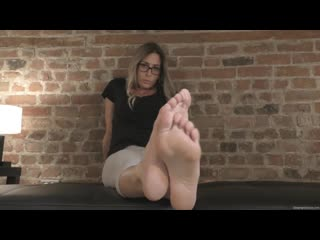 Morgans stinky feet (русские субтитры)
