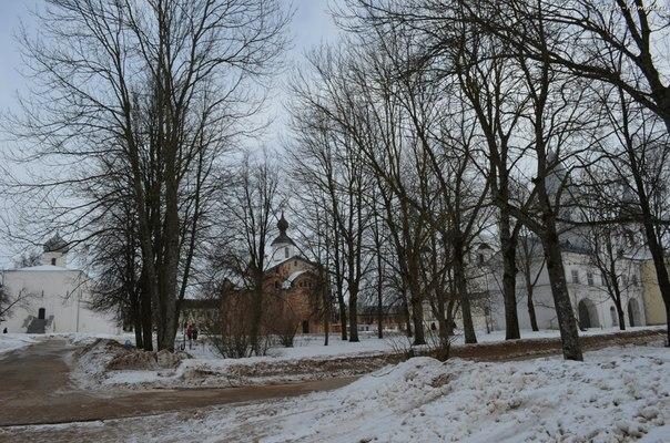 Церкви Ярослава дворища