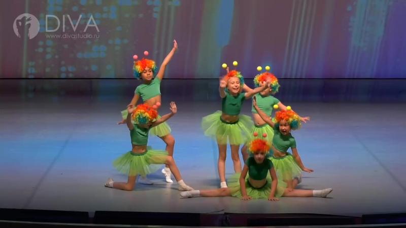 Kids dance (детские танцы), дети 7-9 лет, Диско Жуки, руководитель Любовь Якшова