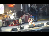 04 Under PressureDave returns to the stage  - Foo Fighters - Ullevi - Gothenburg - 2015-06-12 HD