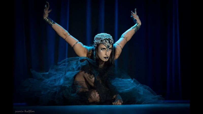 Joline Andrade performs fusion bellydance at The Massive Spectacular