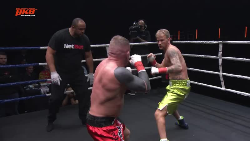 ROBIN DEAKIN VS MARK HANDLEY BKB14 PRO BARE KNUCKLE BOXING O2 ARENA EXCLUSIVE