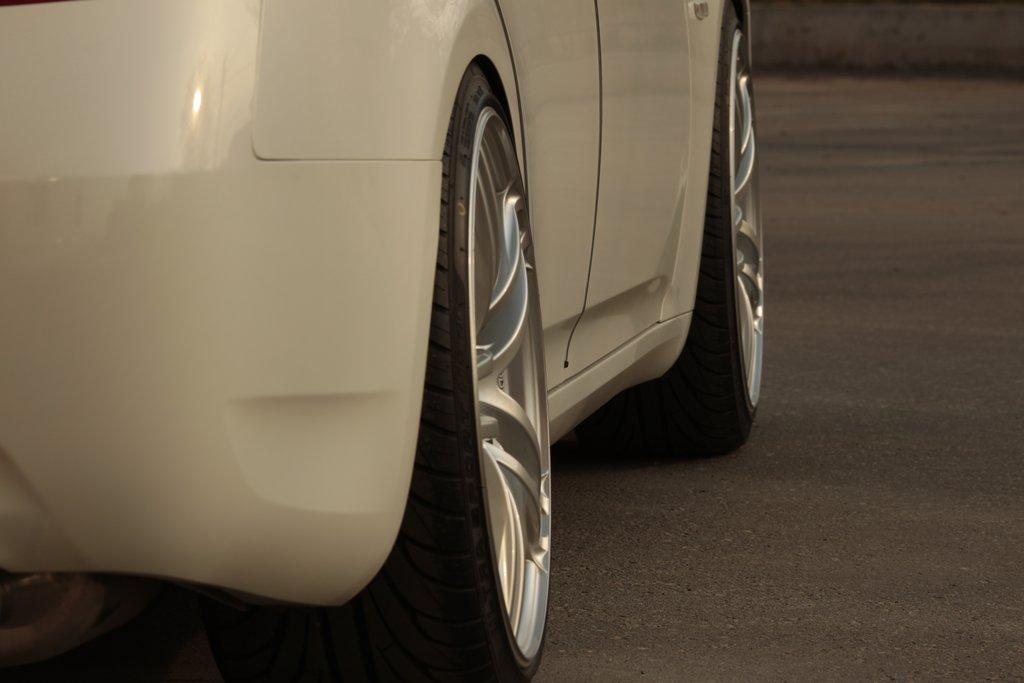 Nissan Skyline V36 AVS T5 20/10J +30
