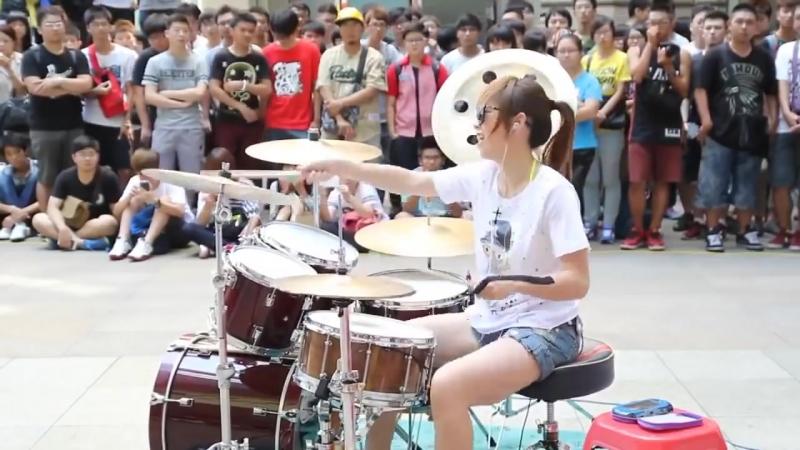 Amazing Girl Drummer Does BIGBANG - Fantastic Baby Street Performance