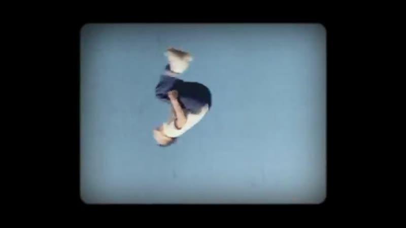 Bonobo - Cirrus [Official Video]