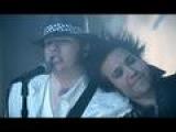 Смотреть видео клип Fall Out Boy feat. John Mayer на песню Beat It via music.ivi.ru