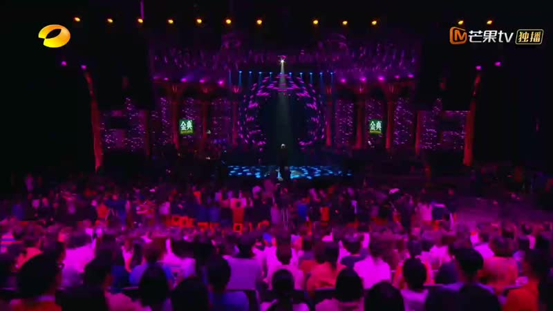 Полина Гагарина на шоу Singer в Китае