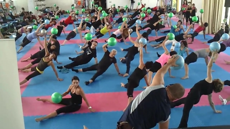 Pilates Michael King Masterclas con Gymball