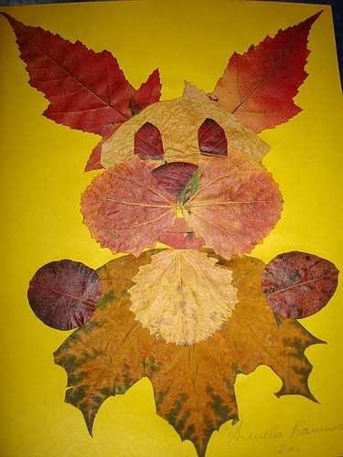 Осенняя ветка клена