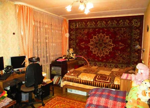 купить 4-комнатную проспект Дзержинского 19
