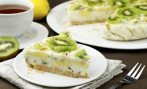 Йогуртовый низкокалорийный торт с киви и бананом Ингредиенты: -