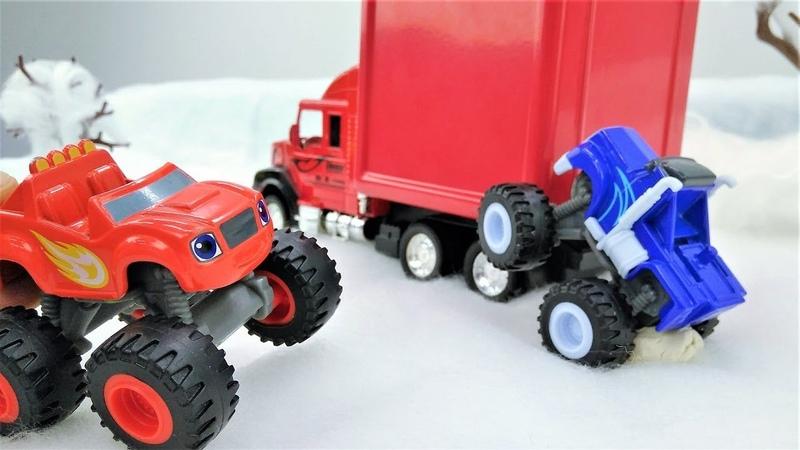 Camiones monstruos escriben a Papá Noel. Blaze y coches.