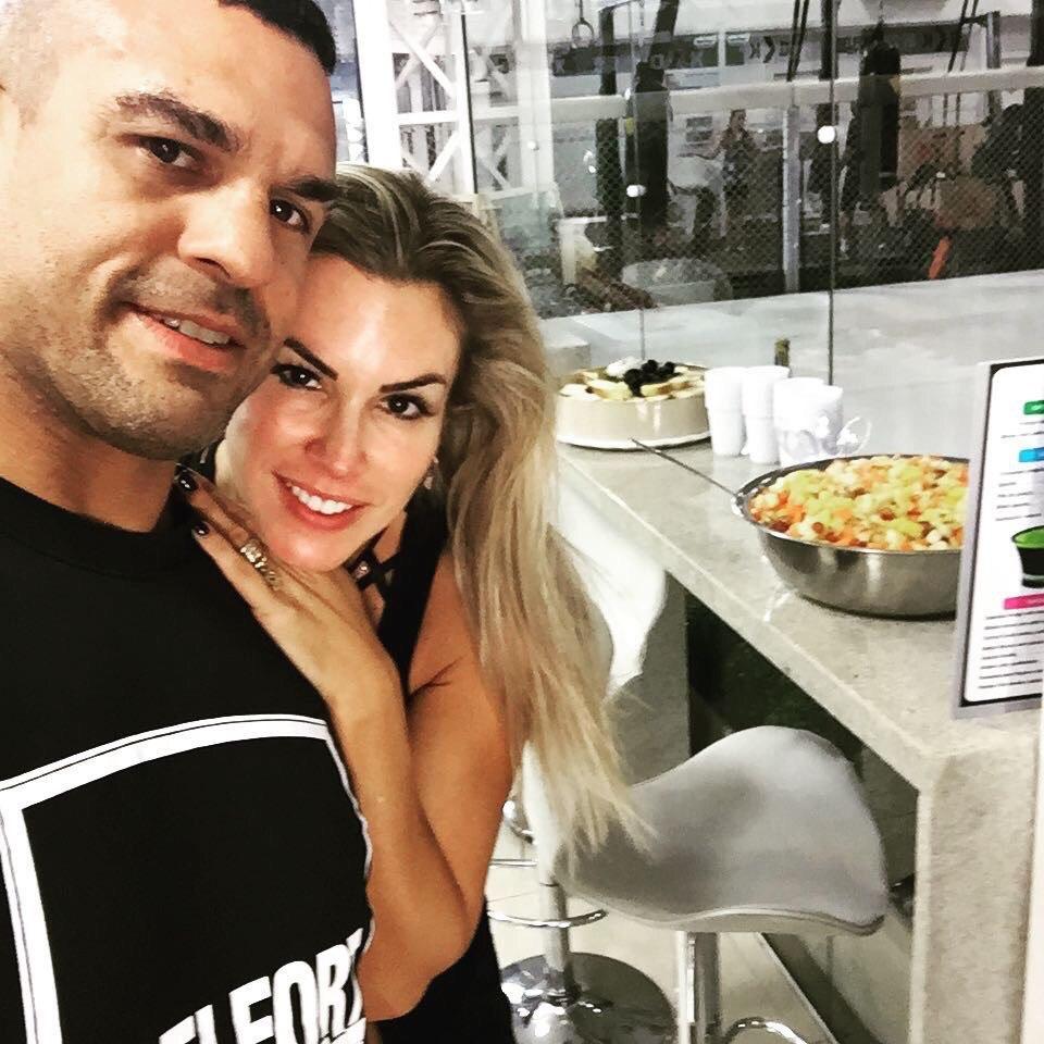 Витор Белфорт с женой