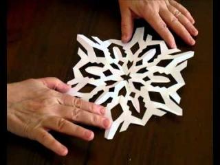 как делать снежинки из бумаги схема Как правильно вырезать снежинку из бумаги.