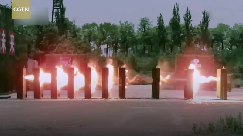 Подкалиберный снаряд эффектно пробил 10 листов стали