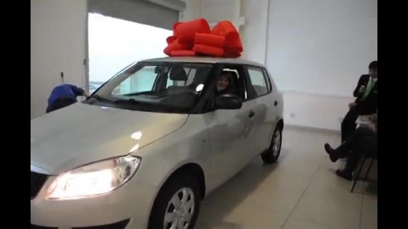 Наталия Шестерня получает авто