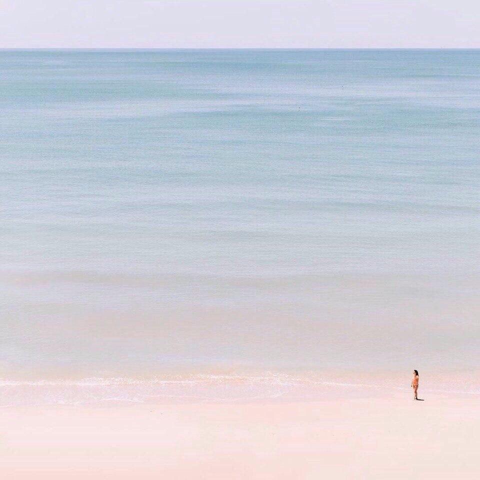 Минимализм морского берега