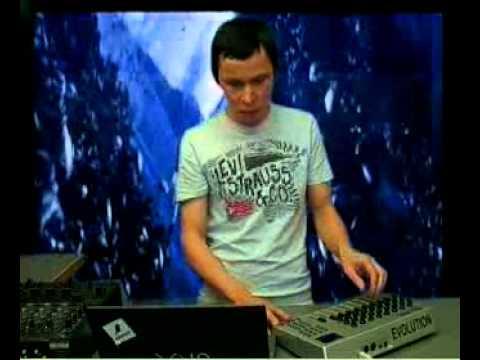 Tecnii @ RTS.FM Moscow Studio feat. VJ Mari 17.10.2008