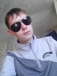 Коля Ильющенков, id224345141