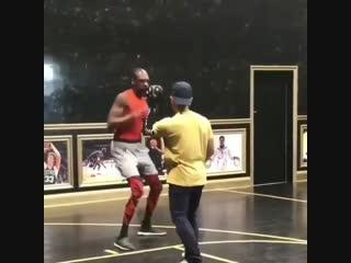 Прям будущий боец в UFC