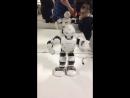 Я робот и мне нужна зарядка я должен танцевать😂😂😂😂