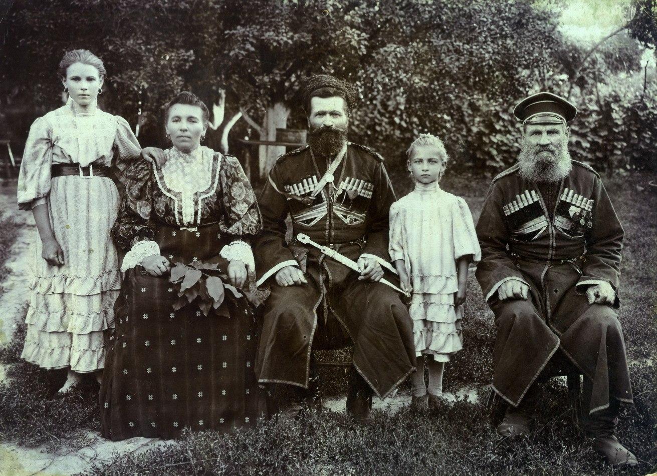 фото древнего донского казака фотографию ученика
