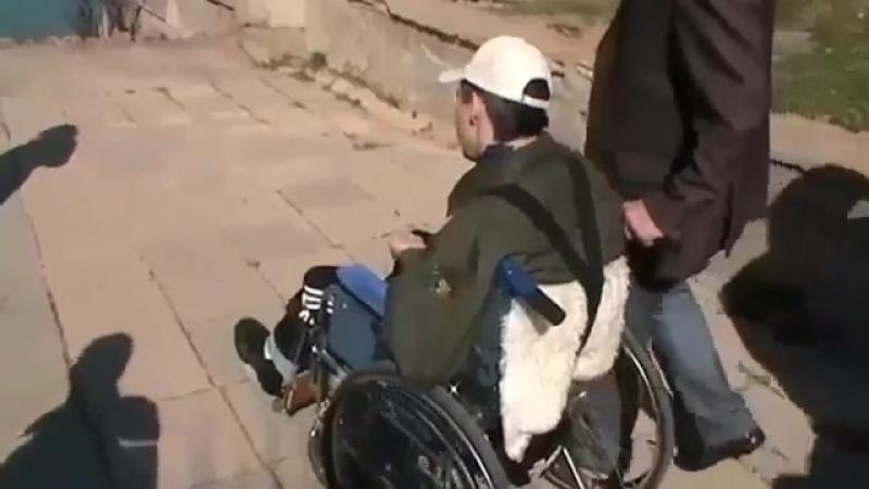 Парень 9 лет на инвалидном кресле, но он строит бизнес с FFi