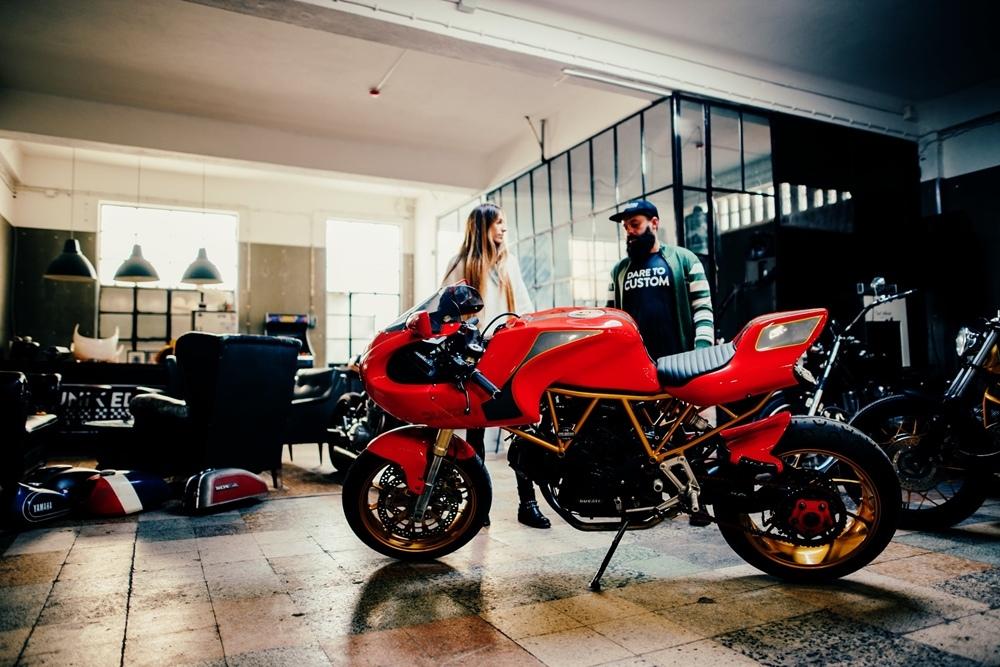 Unik Edition: кафе рейсер Ducati 750SS