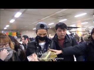 [Fancam] 131222 WINNER в Gimpo Airport (Мино фокус